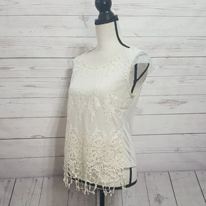Anthropologie Nick & Mo Lace Overlay T-Shirt Small